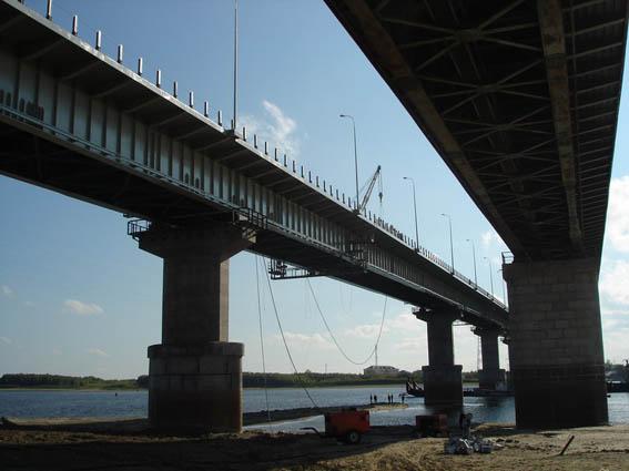 Реконструкция мостов, путепроводов, зон пешеходного движения